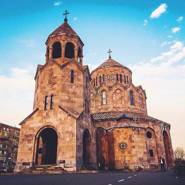Казань: авиабилеты в Ереван за 11400 рублей туда-обратно