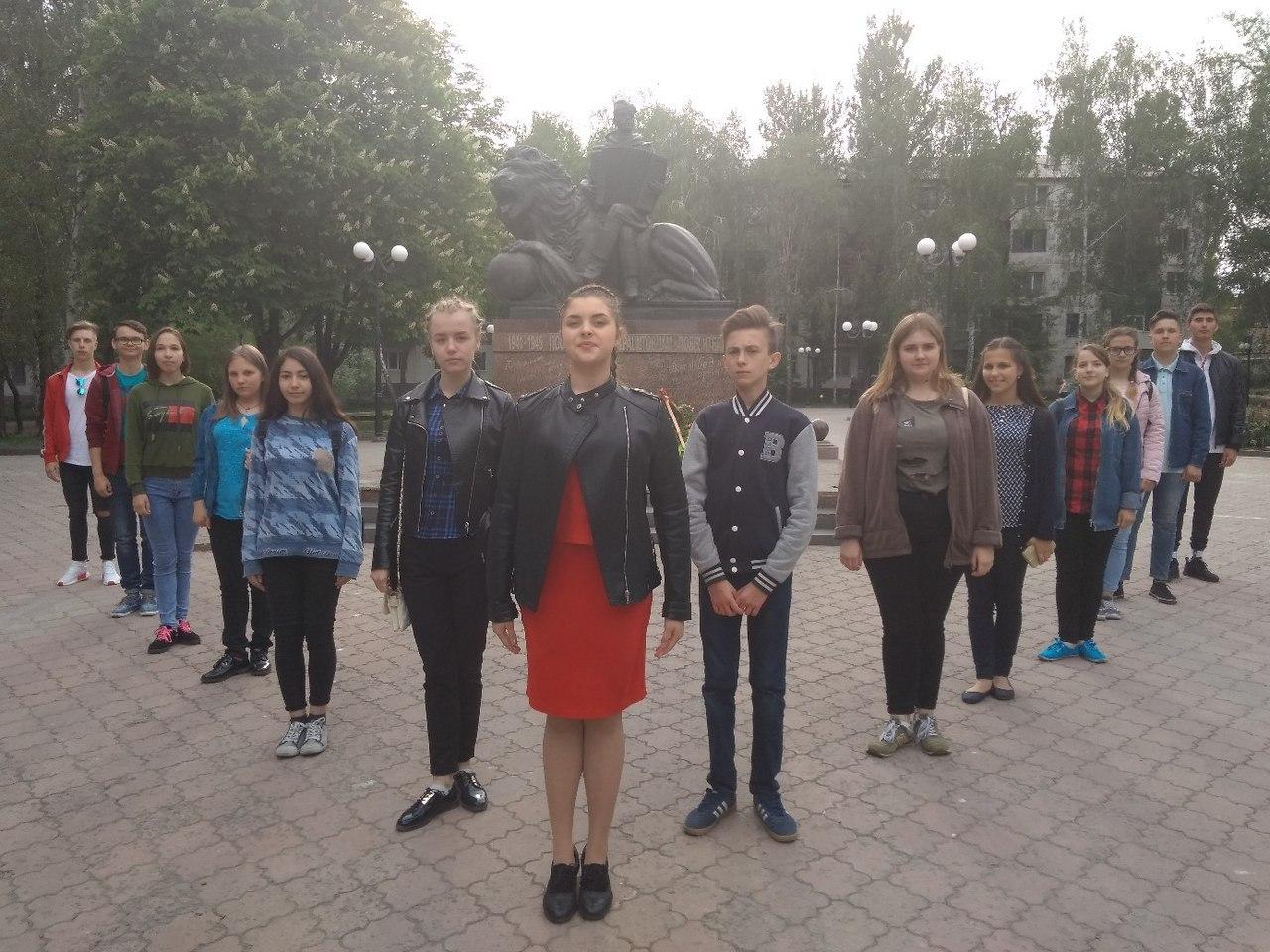 12 мая все жители Луганской Народной Республики отмечают 4-ую годовщину её создания.