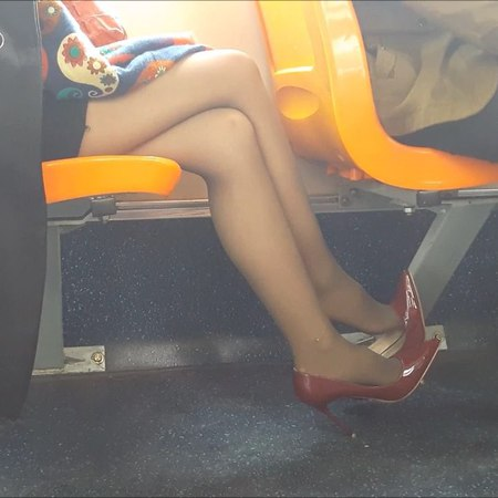 Asian Candid Shoeplay