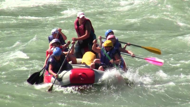 Сплав по реке Катунь. Прохождение Семинского порога, посещение водопада Камышлинского.