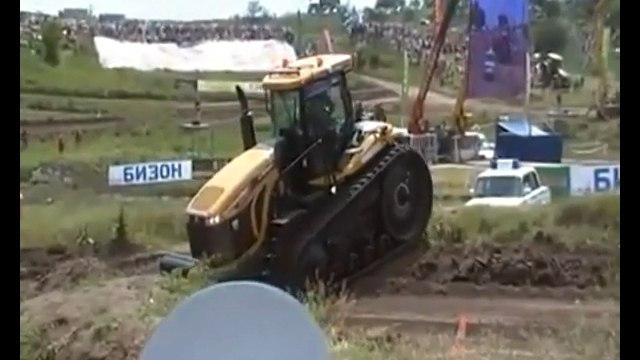 Тракторист отомстил гаишнику (полная версия)