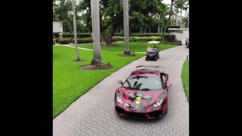 🚀Машина @ luxury_wearing40 😎 🔵 Друзья,что же все таки сочнее Lamborghini или Ferrari?⁉️ 🗣Обсуждаем✅ ♥️ставим лайки✅ 👤отправляем