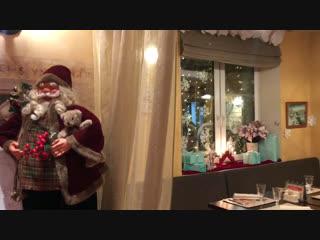 Новогодние интерьеры зала Неаполь в ресторане Лимон