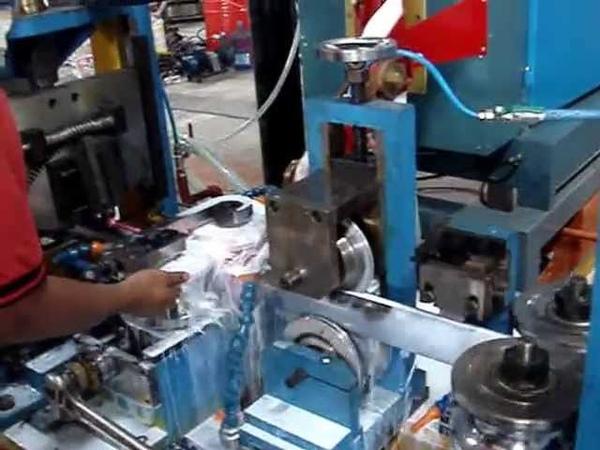 鴻欣機電有限公司200KW電晶體高週波焊接機;Horng Shin 200KW H.F. welder