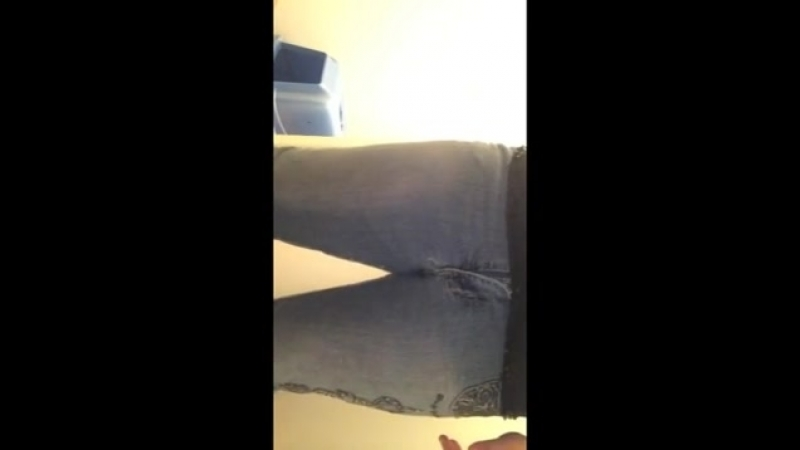 Cute-girl-pees-her-jeans