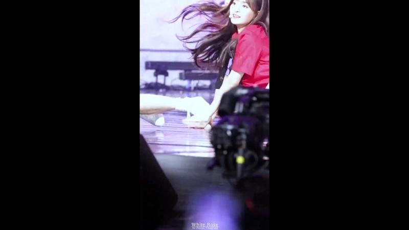 180720 프로미스나인(fromis_9) - 두근두근(DKDK) 이나경 직캠 Fancam by White Rose @Big Pleasure stage