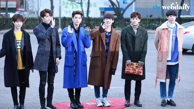 Handsome GuysHoonnams - Spotted at Music Bank (19.01.18)