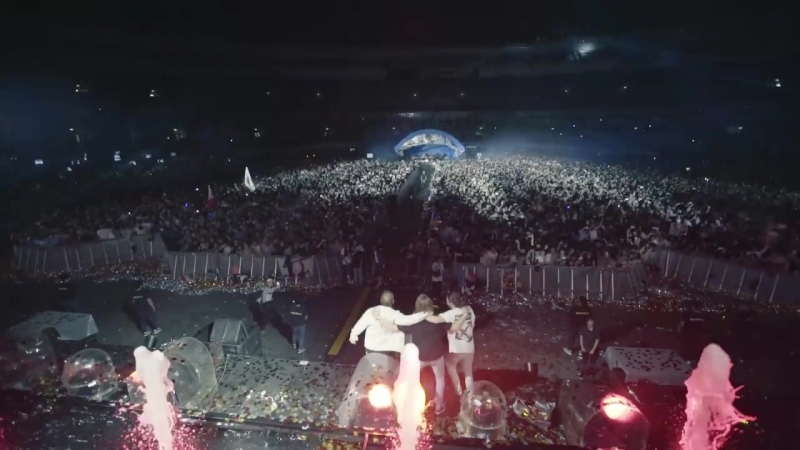 Dimitri Vegas Like Mike vs WW - Crowd Control [Tokyo]