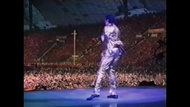 Michael Jackson - Live In Munich 1997 - Unedited Version (Enhanced)
