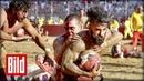 Calcio Storico, das brutalste Fußballturnier der Welt - Kämpfen, bis die Knochen knacken