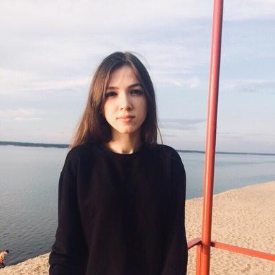 Настюшка Карасева