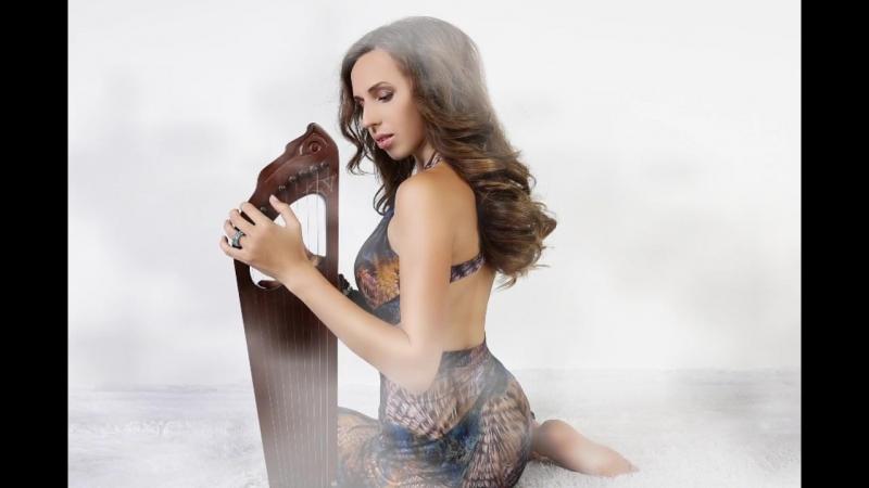 Женское пение на древних русских гуслях