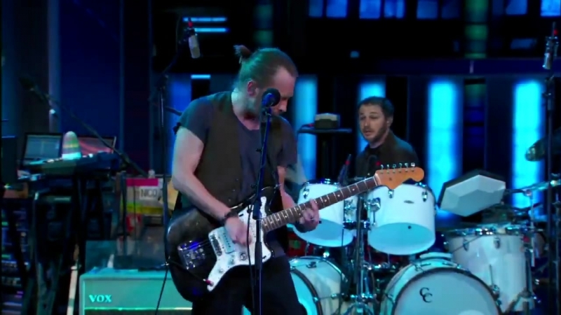 Atoms For Peace – Harrowdown Hill (Live @ The Daily Show, 2013)