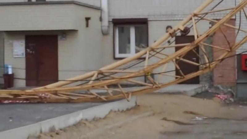 Видео крушений и падений Башенных кранов