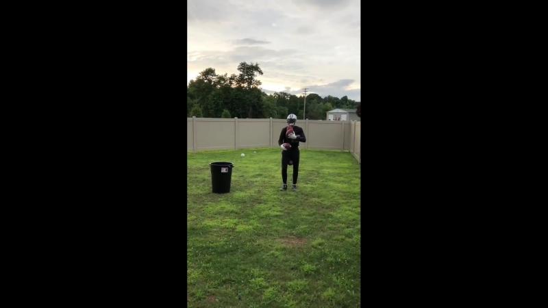 Террел Прайор ловит мячи одной рукой