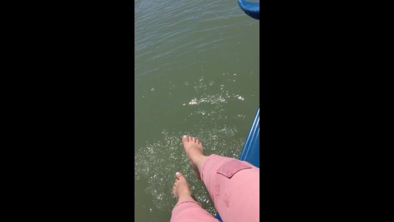 Ну вообщем хоть ножки помочила ))😂😂👍🏼правда в речке