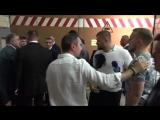 «Ты выйдешь, и я тебе расскажу», — как Порошенко общается с неугодными журналистами