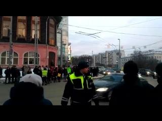 Кортеж президента Владимира Путина едет по Екатеринбургу