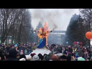 Сожжение чучела Масленицы в Быхановом саду