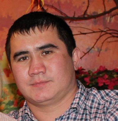Алмаз Абдалов