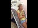 Издеваются на спящей девочкой в лагере