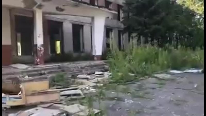 Алтайский Край Бийск НИЩЕТА под статуями ЖУТЬ