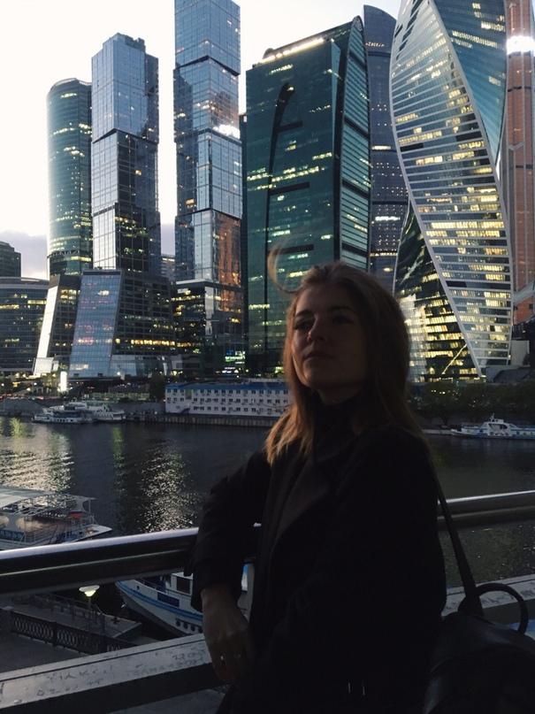Анна Коростелева |