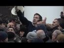 Саакашвили вернулся к митингующим на майдане