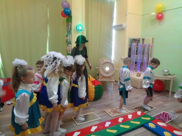 В детской библиотеке «Родничок» открыли сенсорную комната