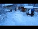 Наскоро сделанная горка возле домика в Приречном. Маленькая, но веселая!)) 2