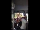 2018-02-20 IT, Neapel - Afrikanischer Einwanderer stürmen die Linienbusse und zahlen kein Ticket