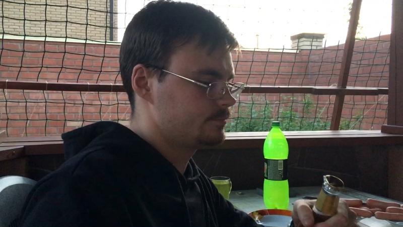 Андрей уничтожает зубы......ему пофиг..... и без регистрации