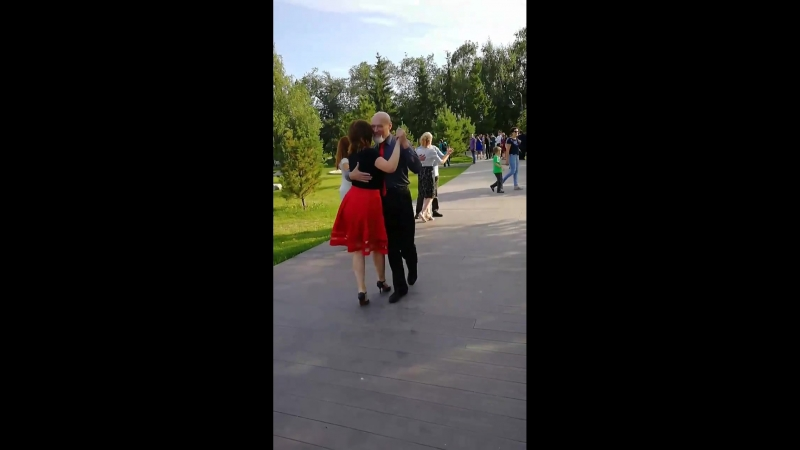 Танго в сквере -Светлана Ремезова