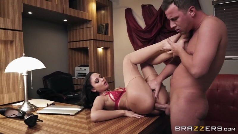 [Brazzers] Ariana Marie Jessy Jones - The Perfect Applicant Part 2
