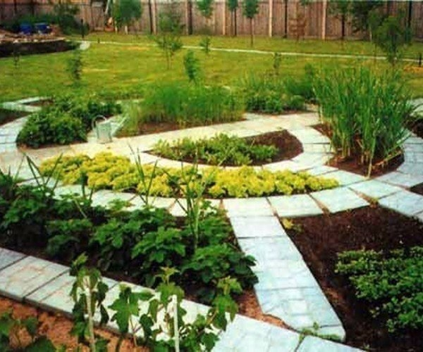 Выбираем форму грядок для вашего огорода