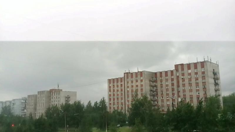 Близкий удар молнии в г.Ухта (гроза 05.07.2018 в 19:40)