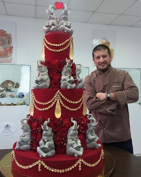 фантастически красивый торт браво такой работе ❤