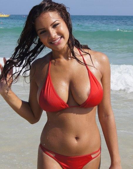 Sexy wife enjoys a porntitan com