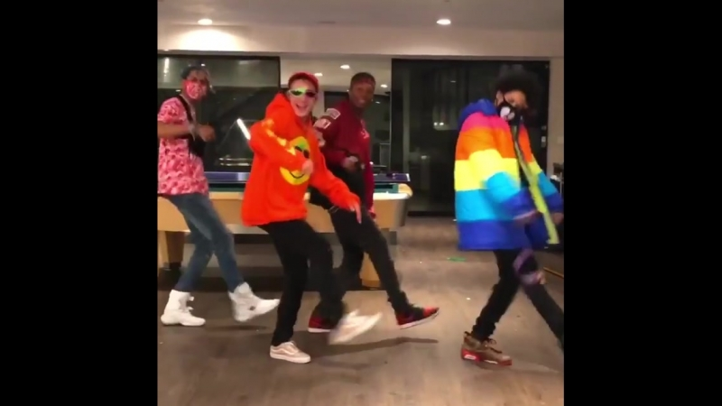 """Damn we snapped🔥🔥🕺🕺🕺 @shmateo_ @ogleloo @phyouture901 SONG ROY PURDY - """"WALK IT OUT!"""" WalkItOutChallenge"""