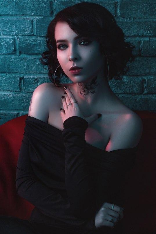 Julie Resh   Москва