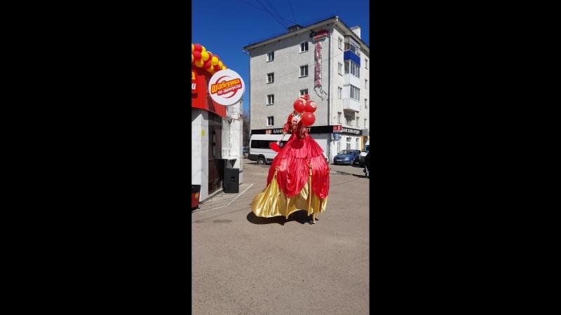 Ходулисты на праздник в Уфе Леди-Фуршет Уфа 89173611331