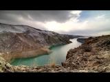 Музыка армянского дудука...