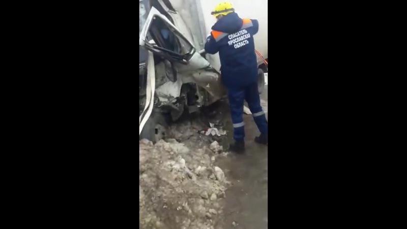 Серьезное ДТП на трассе М8. Яр обл.
