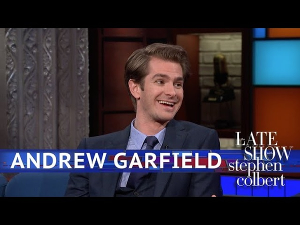 Andrew Garfield's First Kiss Was Straight Out Of 'Braveheart'