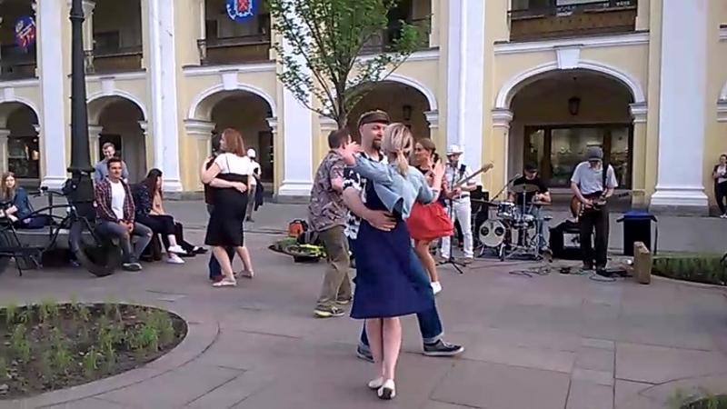 Опен у Гостинного с Forrest Gum1