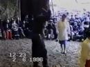 Дискотека 90-х Парень классно танцует.wmv