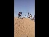 Момент, когда израильская армия Дрон запускает газовые баллоны на пресс контингента. Нетеняху не хочет свидетелей резни.