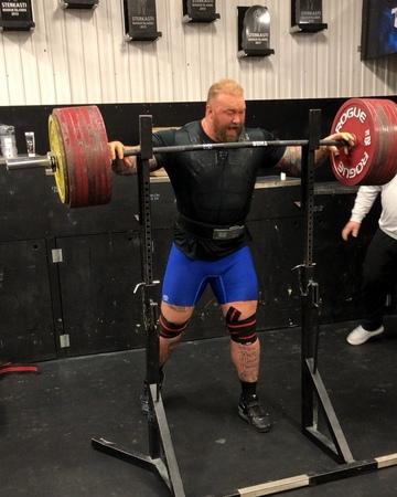 "Hafþór Júlíus Björnsson on Instagram ""400kg880lbs squat today. - Preparation for Thors Powerlifting Challenge 15th December. - Send an email to i..."