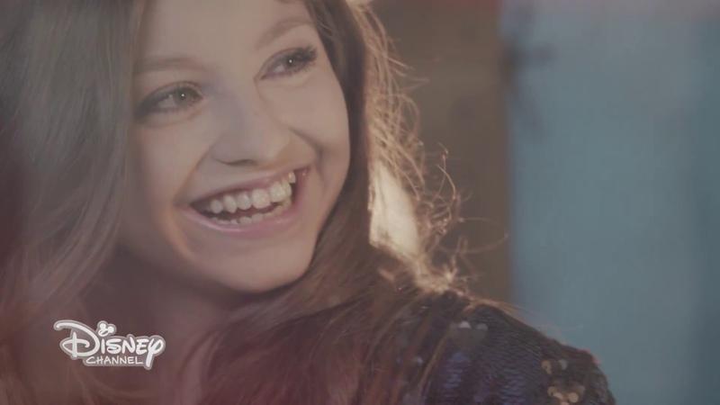 Soy Luna - Solo tu (Qué Más Da) - Music Video con Ruggero Pasquarelli e Karol Sevilla