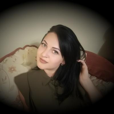 Юля Алимбекова